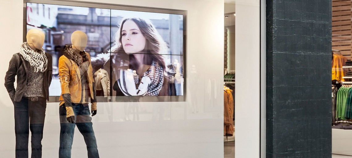 Digital Signage for Retail